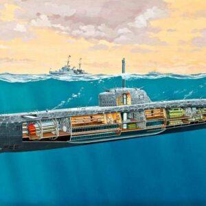 U-Boot Typ XXI U 2540 mit Inneneinrichtung