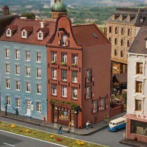 Altstadthaus mit Zigarrenladen