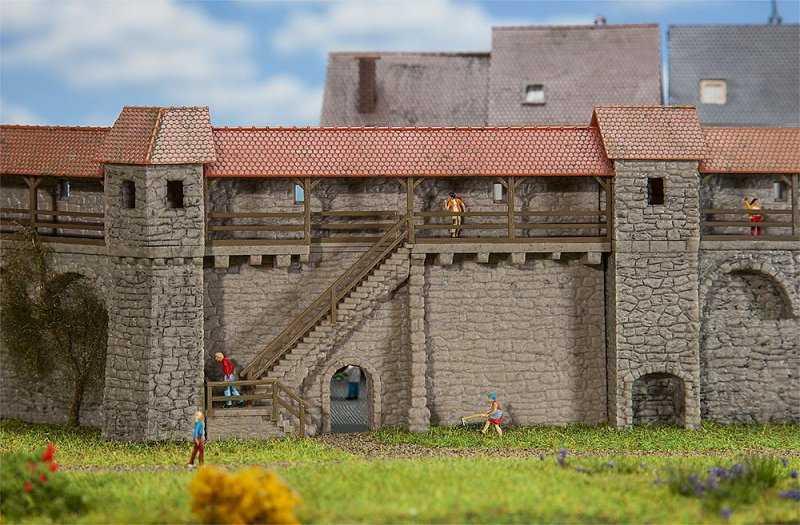 Altstadtmauer mit Treppe