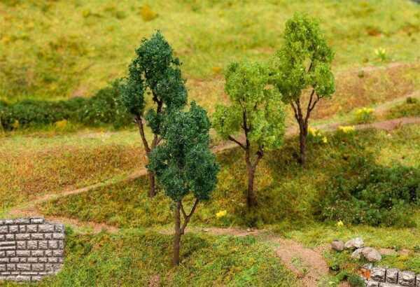 4 Bäume