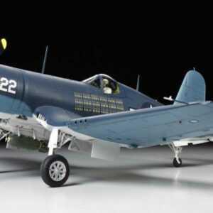 US VOUGHT F4U-1A Corsair