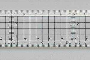 Schneidelineal mit 15 cm Läng