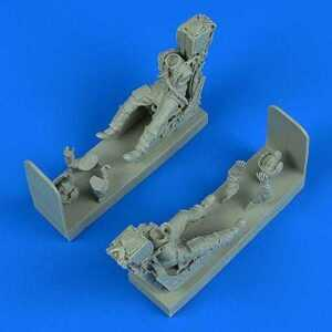 German Luftwaffe Pilot a.Opertor w/ ejection seats - Panavia Tornado IDS/ECR [Revell]