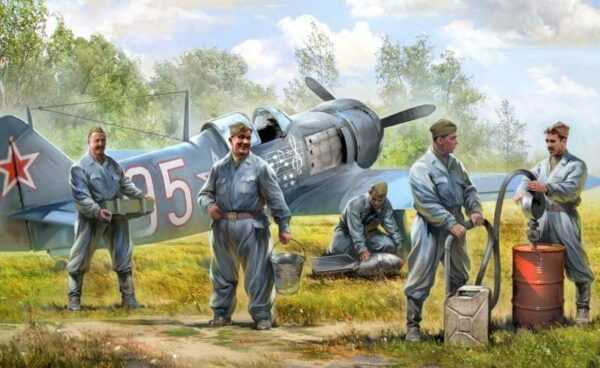 Soviet airforce ground crew
