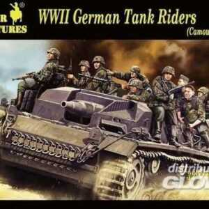 WWII German Tank Rider (Camouflage Suit)