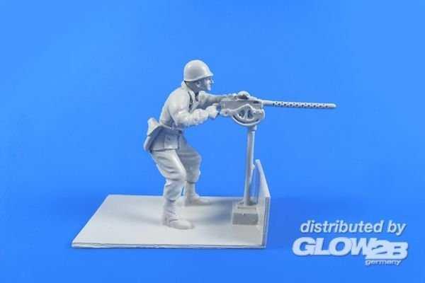 US Gunner with Browning M2 machine gun - M29 Weasel