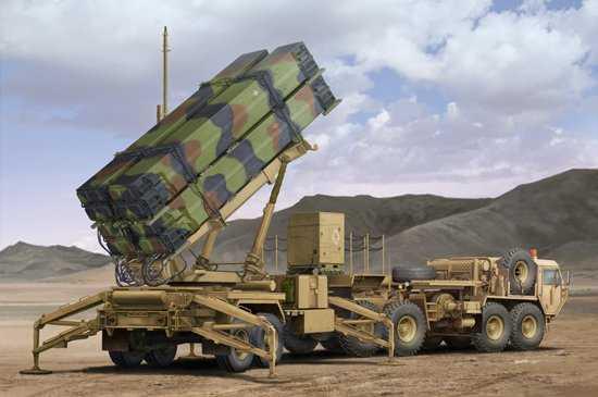 M983 HEMTT & M901 Launching Station of MIM -104F Patriot SAM System (PAC-3)