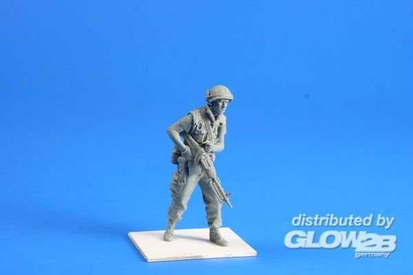 US Marines Soldier w.M60 Hue City Vietnam