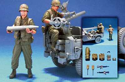 V.N. U.S. Marine M38A1C 106mm Crew-2 Fig