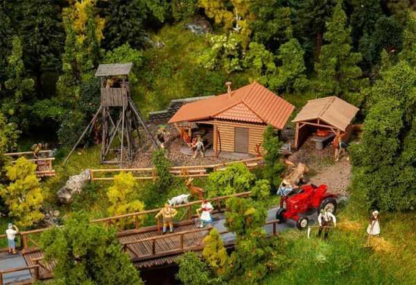 Jagdhütte mit Hochsitz