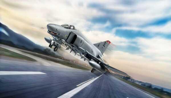 F-4E Phantom [Model Set]