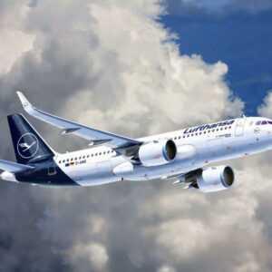 Model Set - Airbus A320 Neo Lufthansa