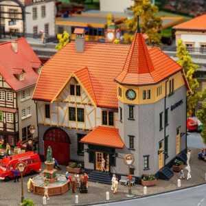 Rathaus mit Feuerwehrgarage