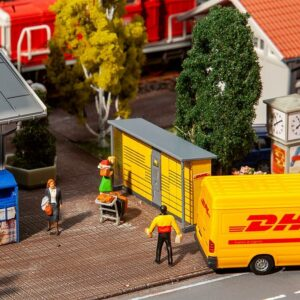 2 Packstationen DHL