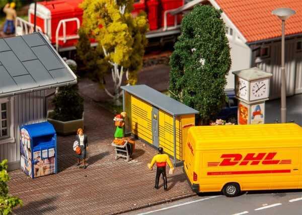 2 Packstationen DHL