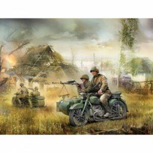 Soviet Motorcycle M-72 w/sidecar & crew WWII